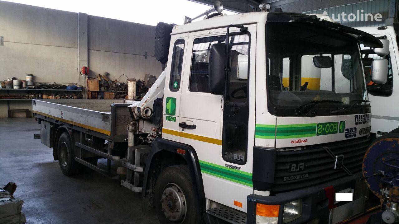 camión caja abierta VOLVO FL608 4X2
