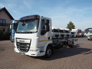 DAF LF 210 EURO 6 ACC 11 990 kg STAN NOWY 56 TYS KM camión chasis