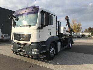 KAMAZ TGS 18.440 EU5 HYVA LÁNCOS KONTÉNERES MANUAL camión de contenedores