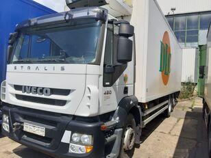IVECO AD260S420P lenkachse dabl camión frigorífico