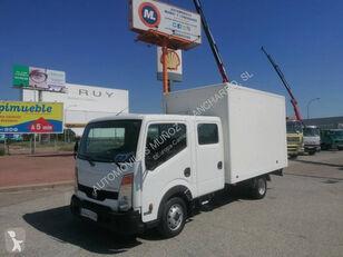 NISSAN 35.13 camión furgón