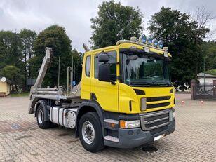 SCANIA P320 camión portacontenedores