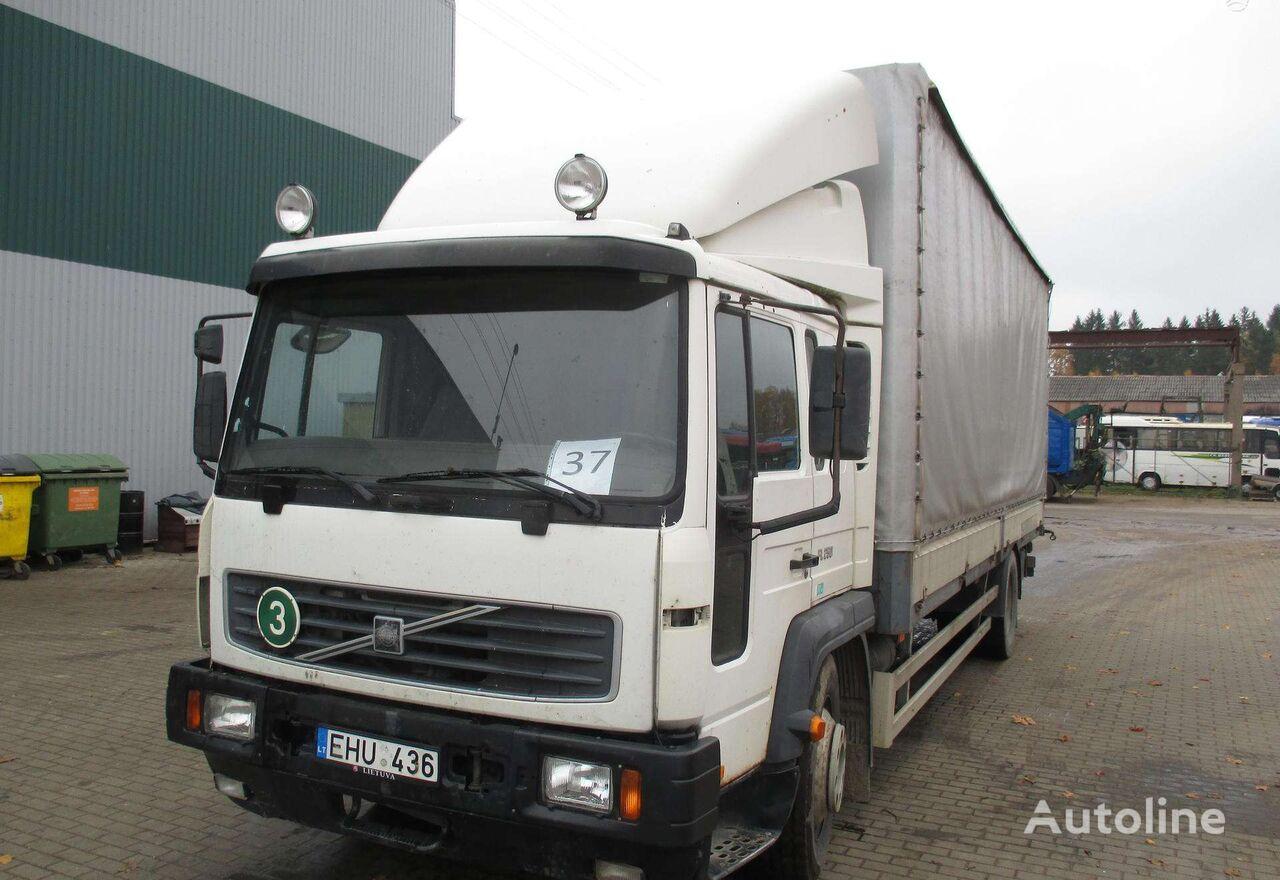 VOLVO FL6 camión toldo