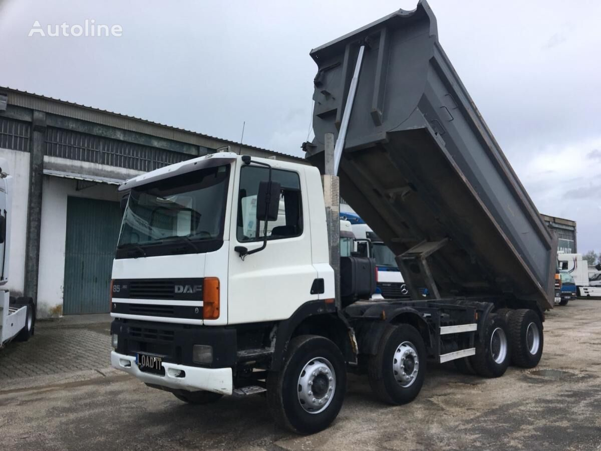 camión volquete DAF CF85 360ATi 8X4 Full Steel Suspension
