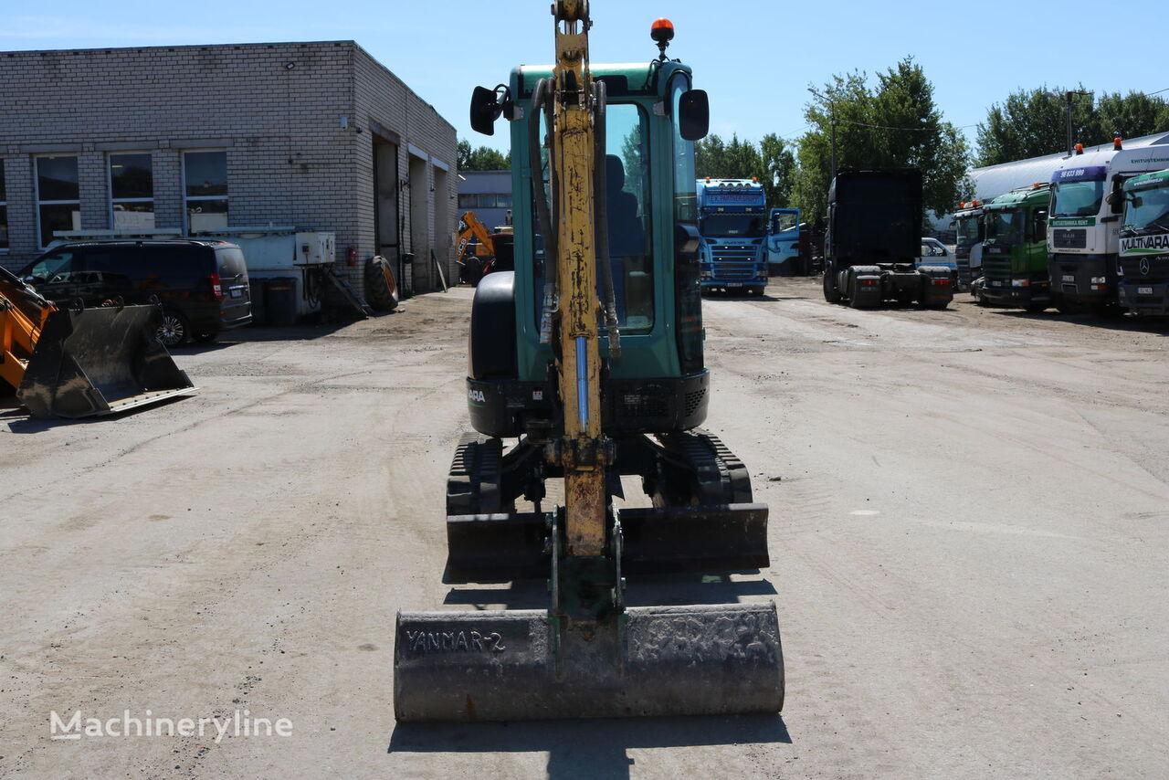 mini excavadora YANMAR VIO 25-4