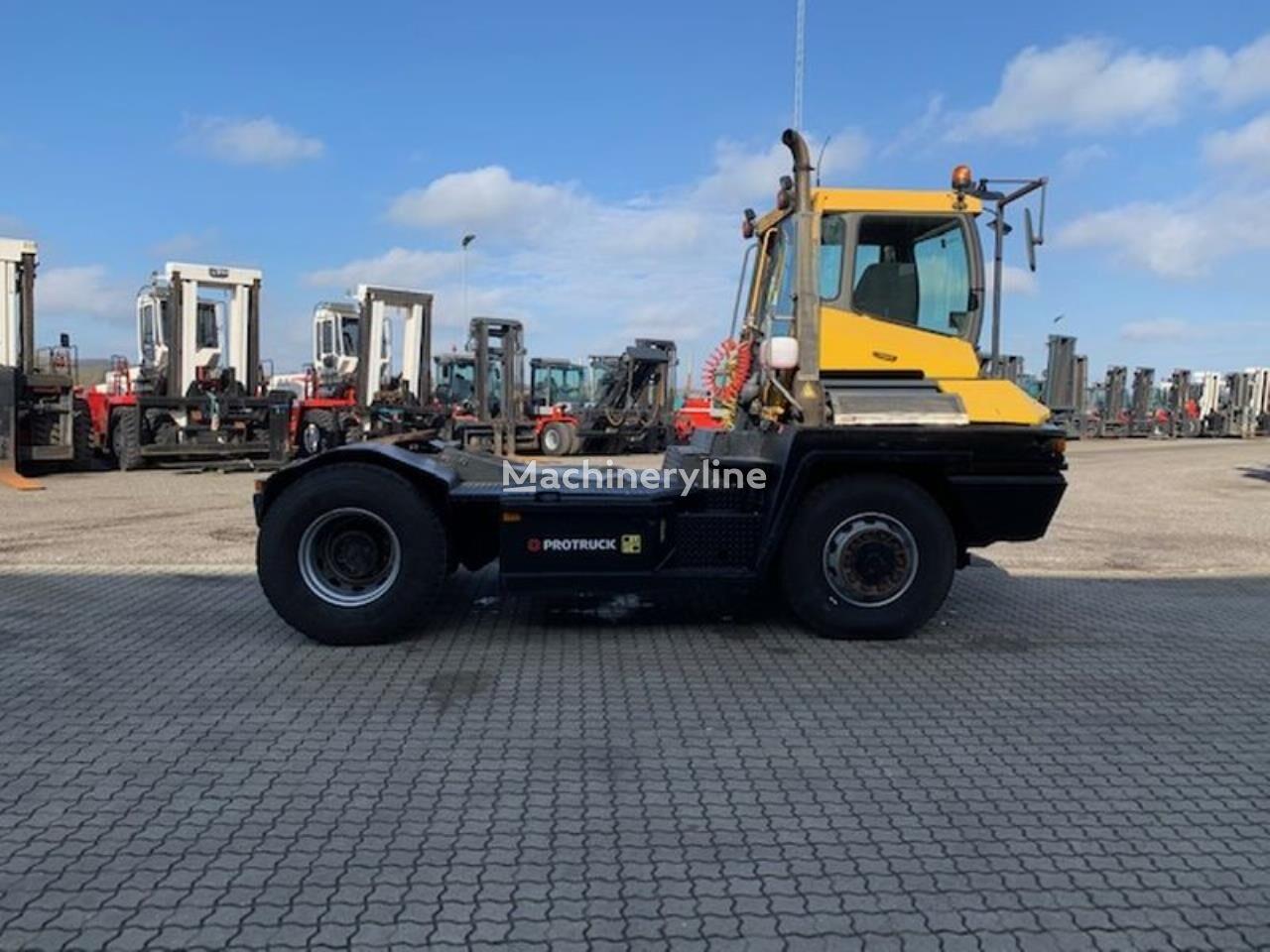 TERBERG RT282 tractora RoRo