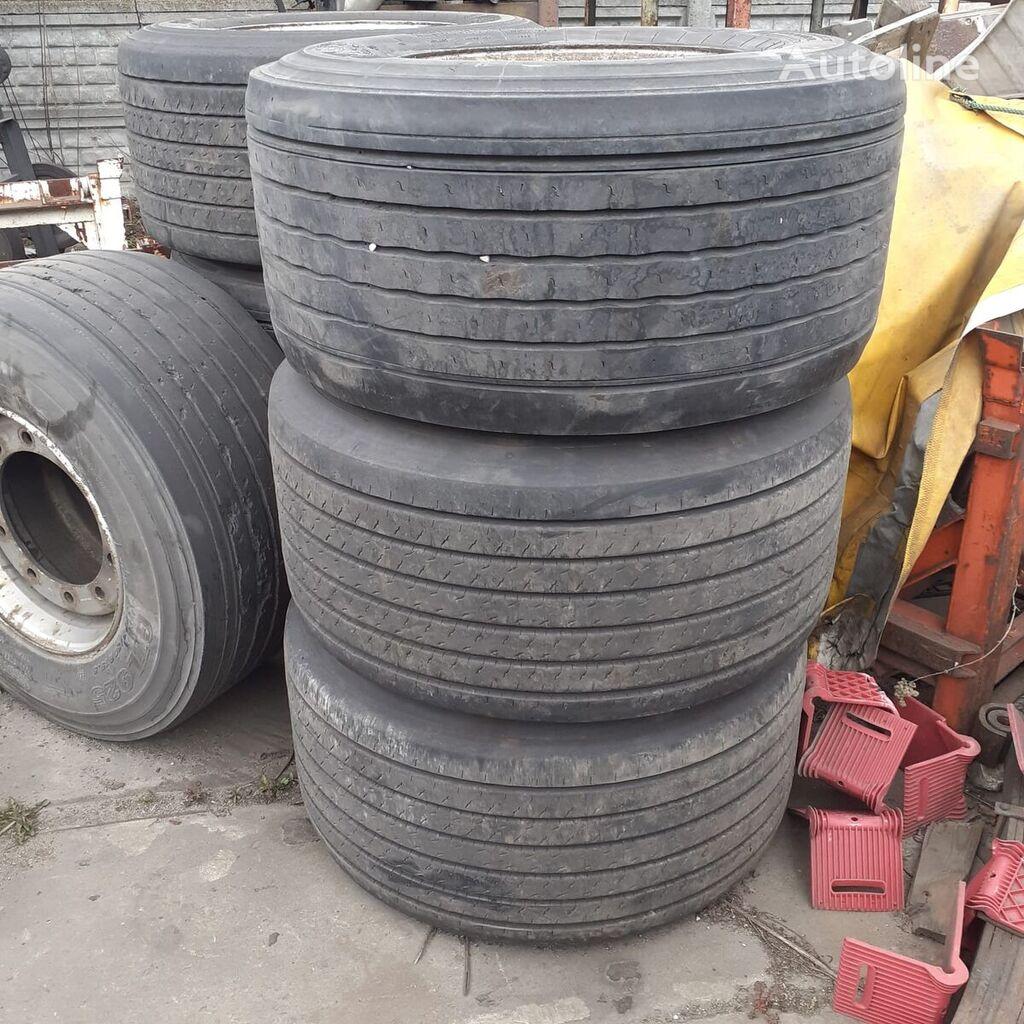 Dunlop 435/50R19.5 SP252 neumático para camión