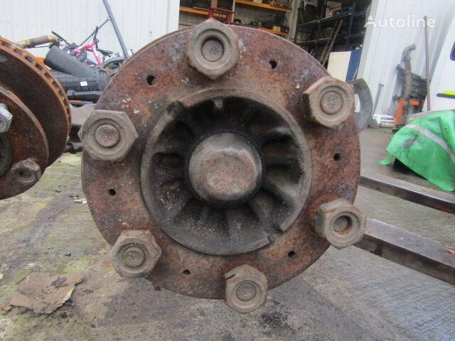 ISUZU N75 buje de rueda para camión