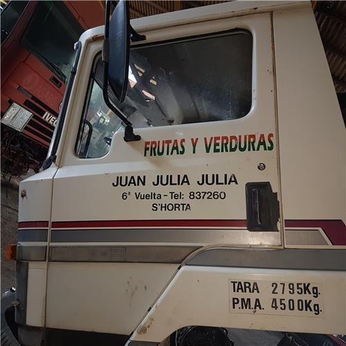 Puerta Delantera Izquierda puerta para NISSAN L - 45.085 PR / 2800 / 4.5 / 63 KW [3,0 Ltr. - 63 kW Diesel] camión