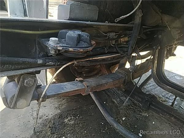 suspensión de ballesta para NISSAN TRADE 2.8 Diesel camión
