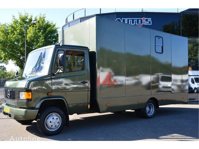 MERCEDES-BENZ 609 DI paardentransport horsetruck pferdetransport transportador de caballos